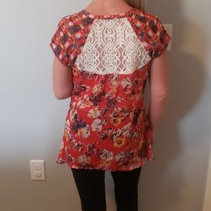 Anthropologie fig and flower top